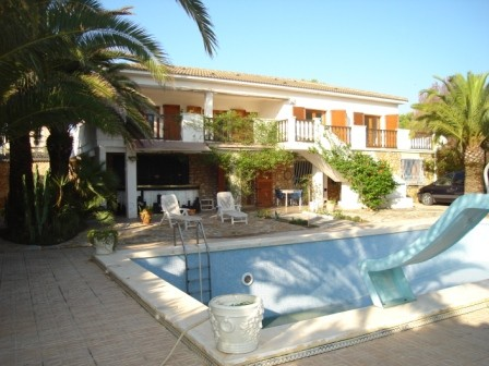 6 Bedroom Villa For Sale In La Zenia